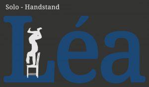 Léa Solo – Handstand
